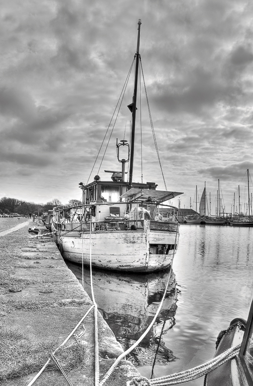 Advanced Monochrome Prints - HC - Seaworthy by Tim Booth (October 2013)