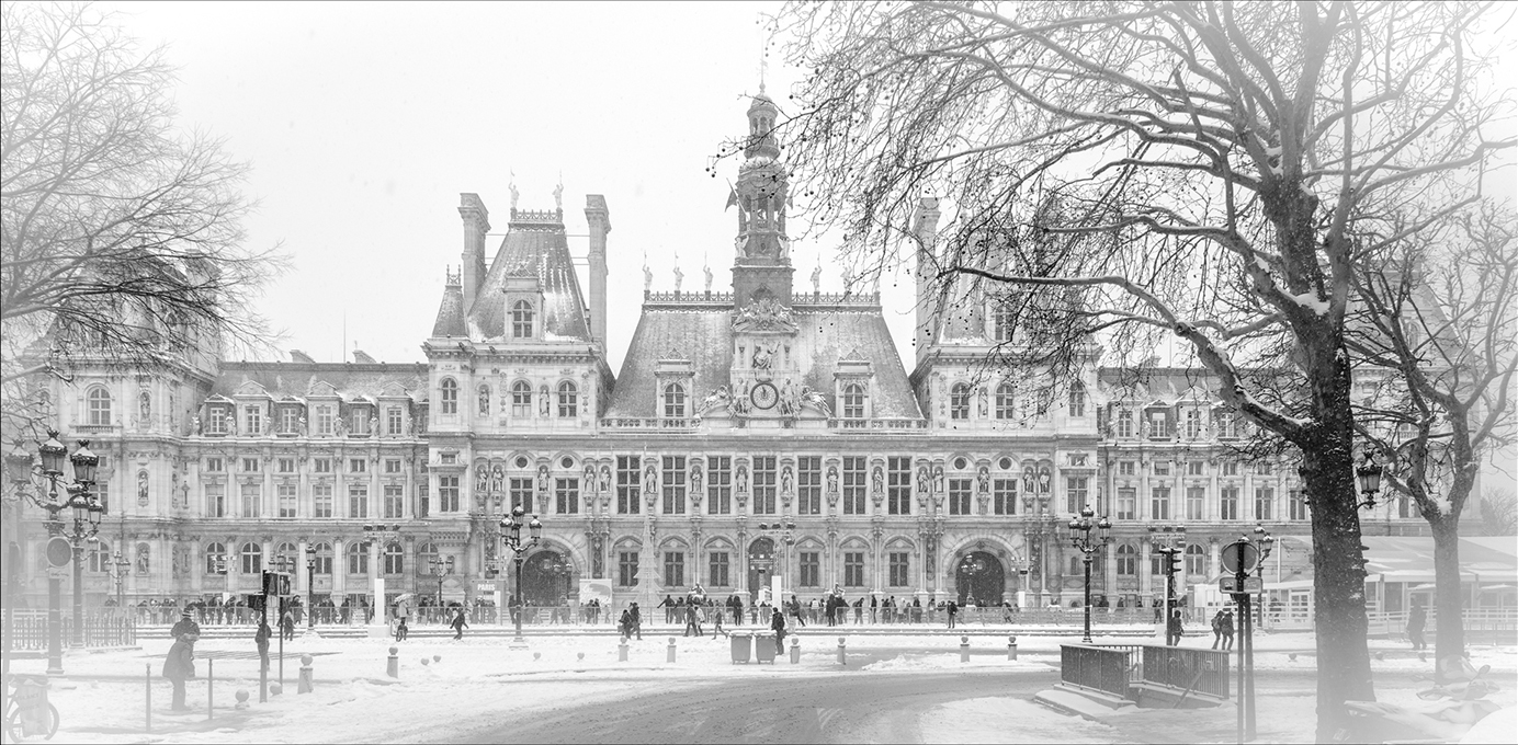 Advanced Monochrome Prints - HC - Hotel de Ville, Paris by Alan Sawyer (October 2014)