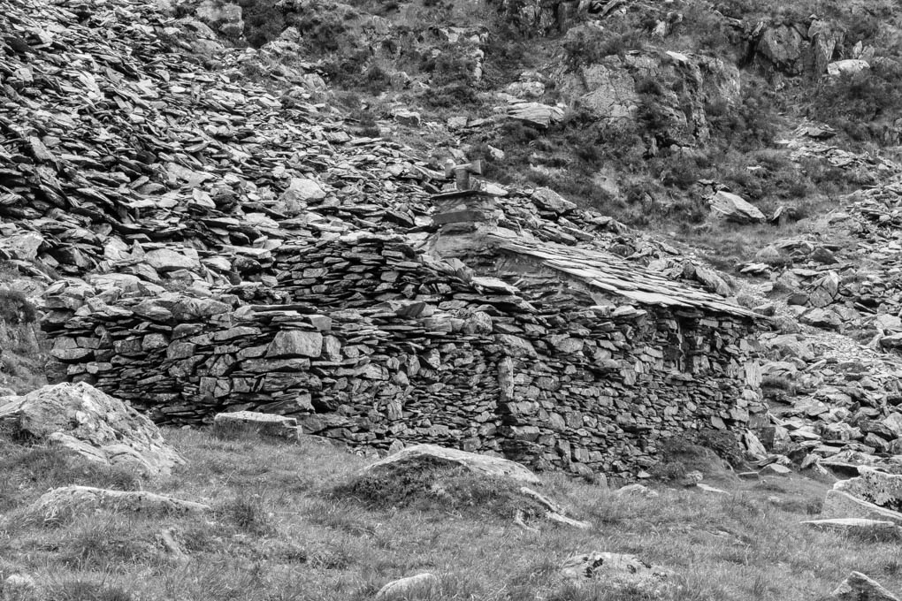 Advanced Monochrome Prints - HC - The Hidden Bothy by Brian Hinvest (October 2015)