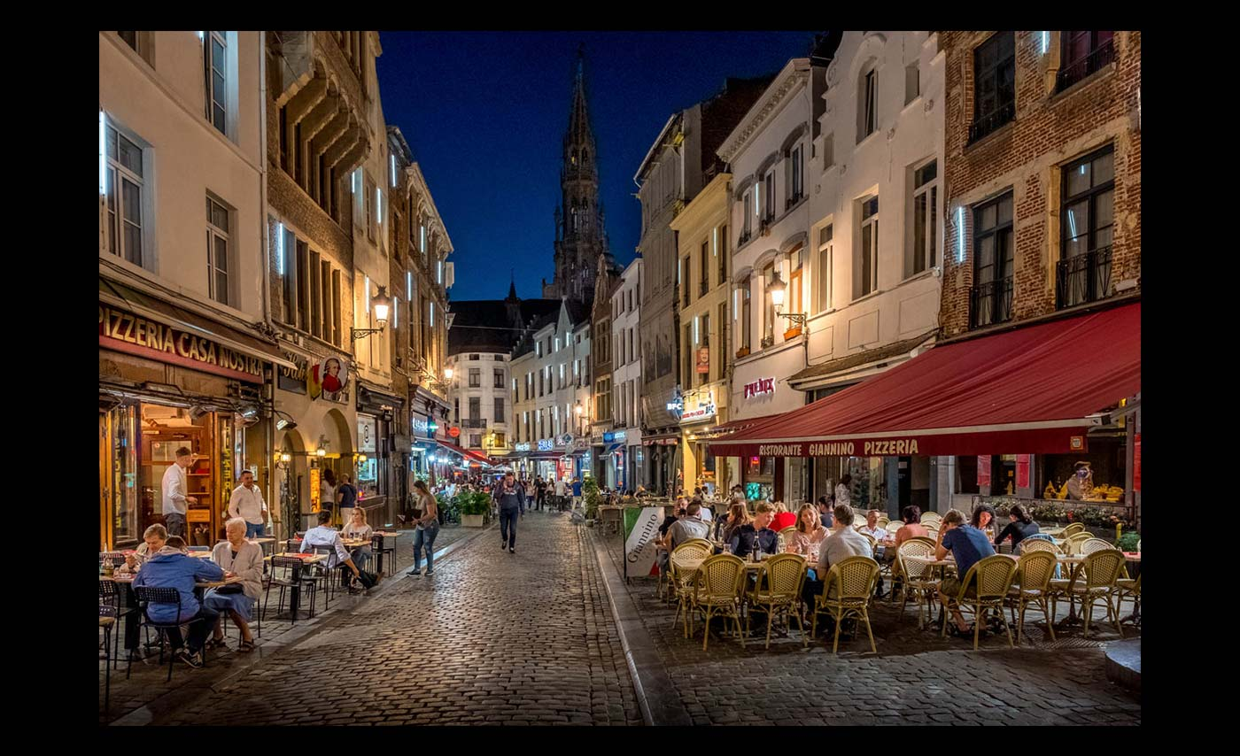 Advanced-Colour-Prints-HC-Night-Life-Brussels-by-Norman-Butler