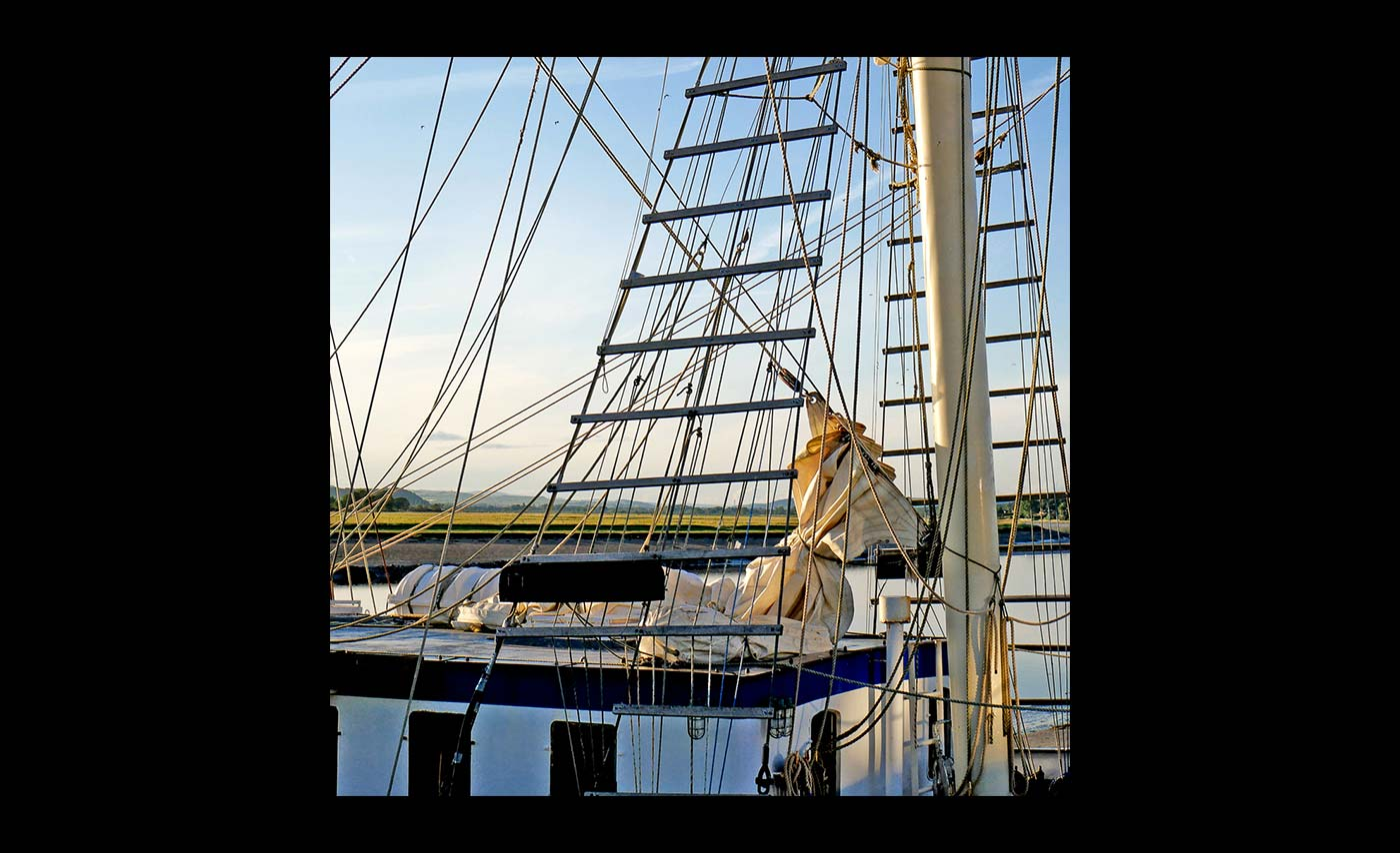 Club Class - Colour Prints - Highly Commended - Barbara Rowland - Through the Rigging