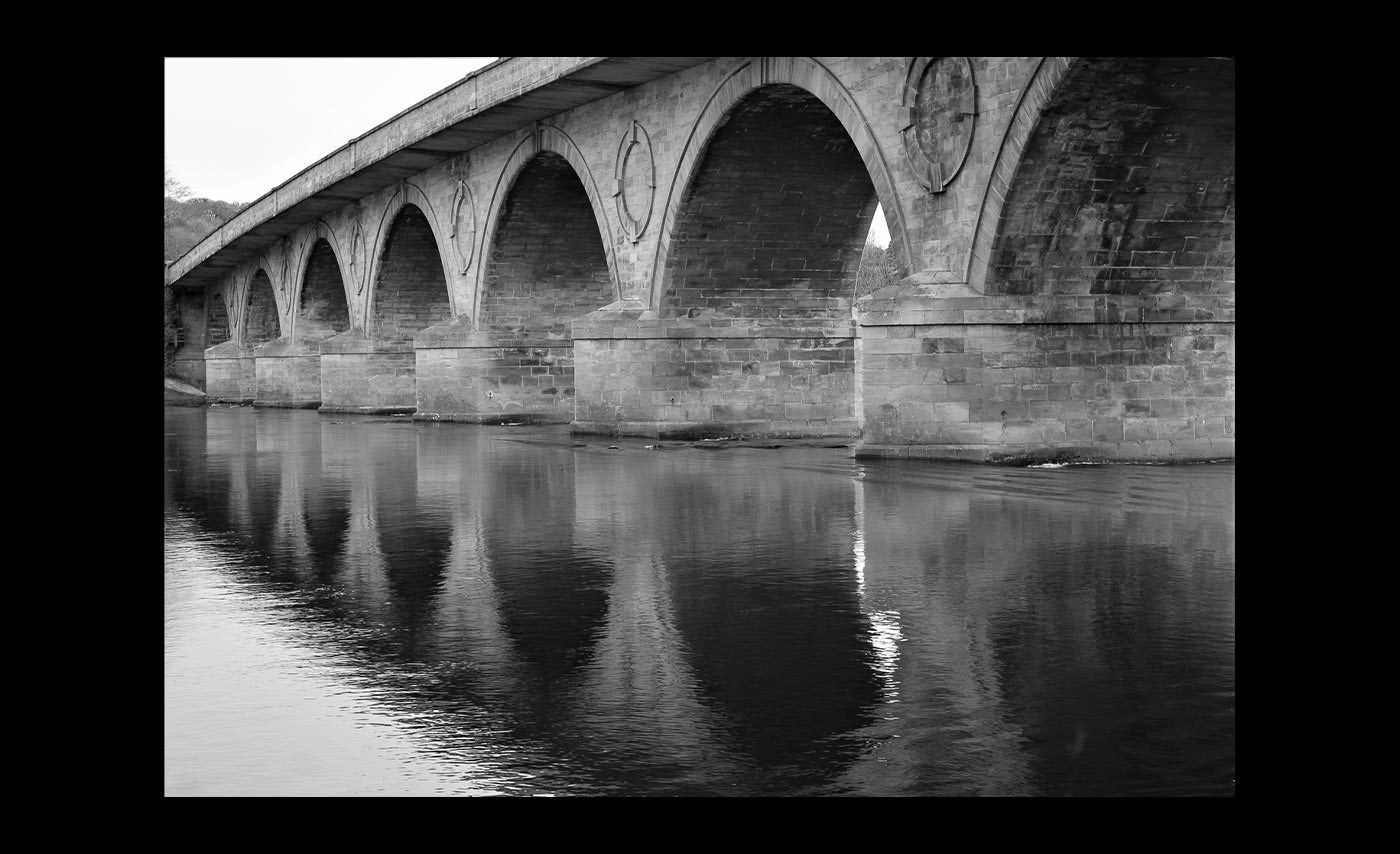Club-Mono-C-Arch-Reflections-Sheila-Wilson