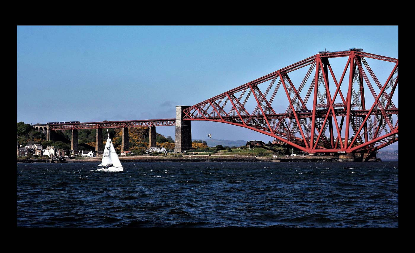 St-Kilda-Trophy-Crossing-the-Forth-Don-Jary