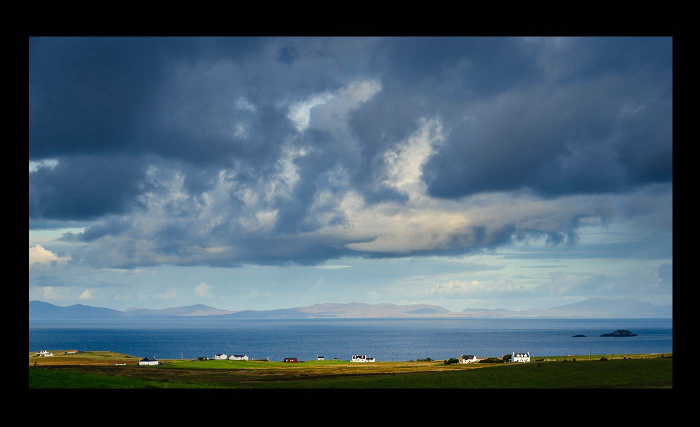 Advanced Projected Images - C - Morning Skye by Brian Graham