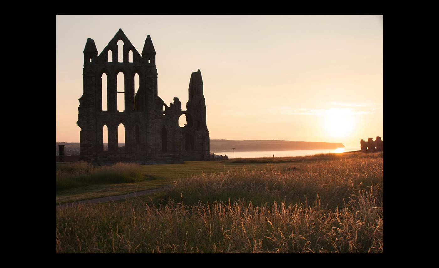 Club-Projected-Images-HC-Sunset-At-The-Abbey-by-Derek-Nash